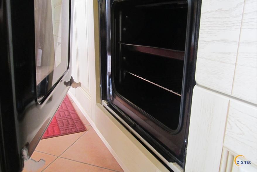 Come smontare la porta del forno assistenza rex a milano - Smontare maniglia porta ...