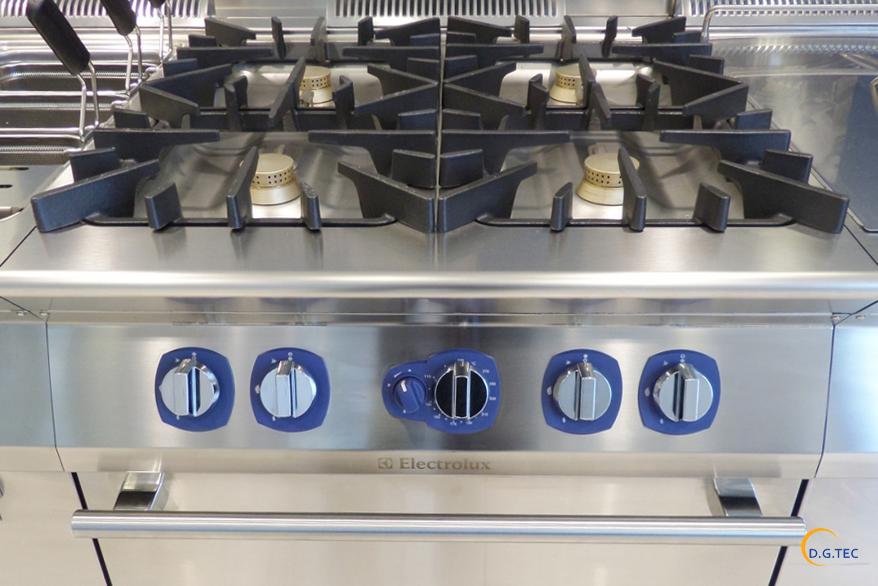 pulire la cucina senza danneggiarla - assistenza rex a milano - Rex Cucine